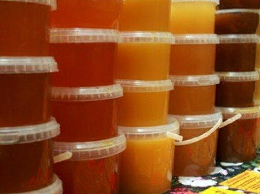 hranenie-meda-plastik